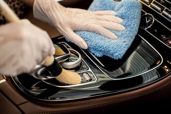 Luxury-car-detailing